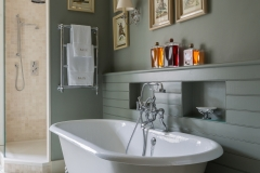 Kent - Guest Bathroom