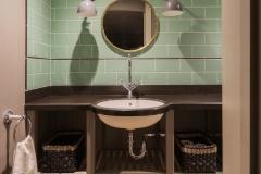 Kent - Basement Cloakroom
